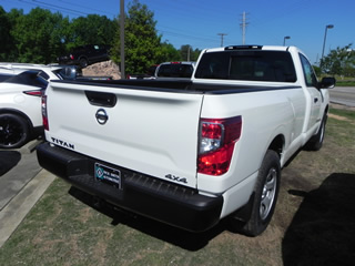 2017 Nissan Titan S V8G Single Cab 4WD