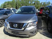 4: USED 2018 NISSAN PATHFINDER SV