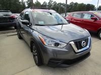 4: NEW 2018 NISSAN KICKS SV