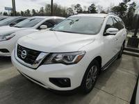 2: NEW 2019 NISSAN PATHFINDER SL