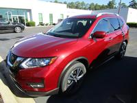 4: NEW 2019 NISSAN ROGUE SV